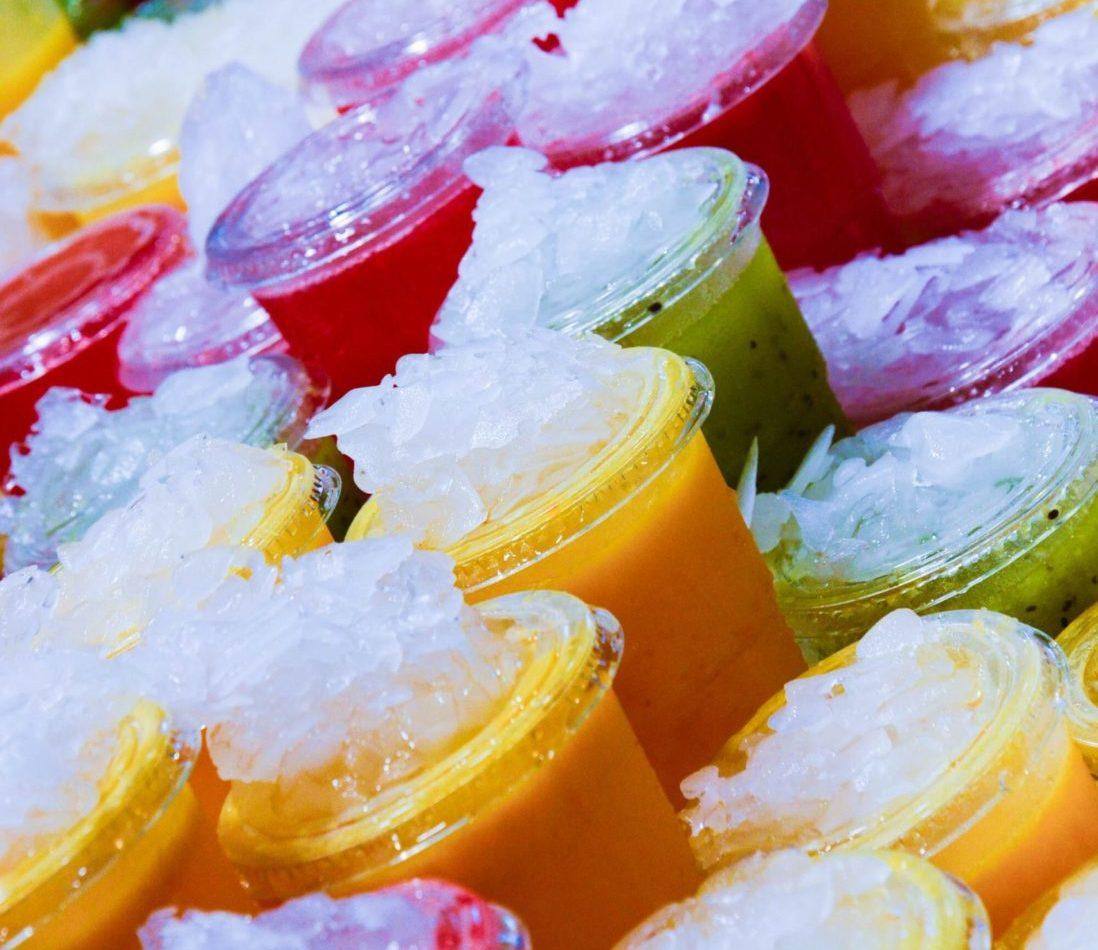 jus de fruit en exposition dans un magasin